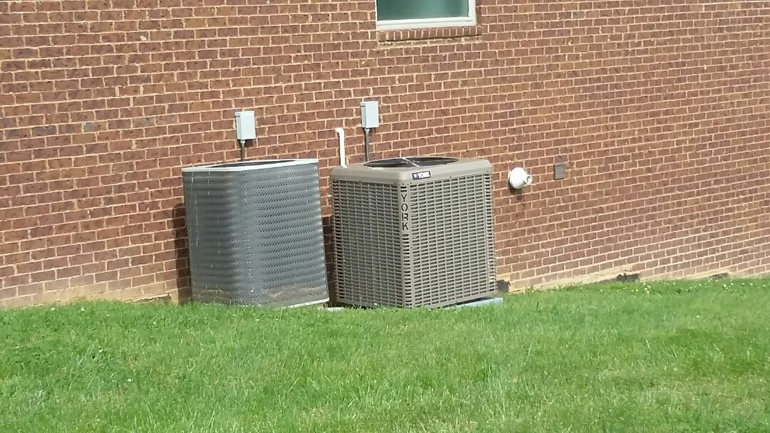 Installed new York 5 Ton 14 Seer Dual Fuel system in Sevierville.