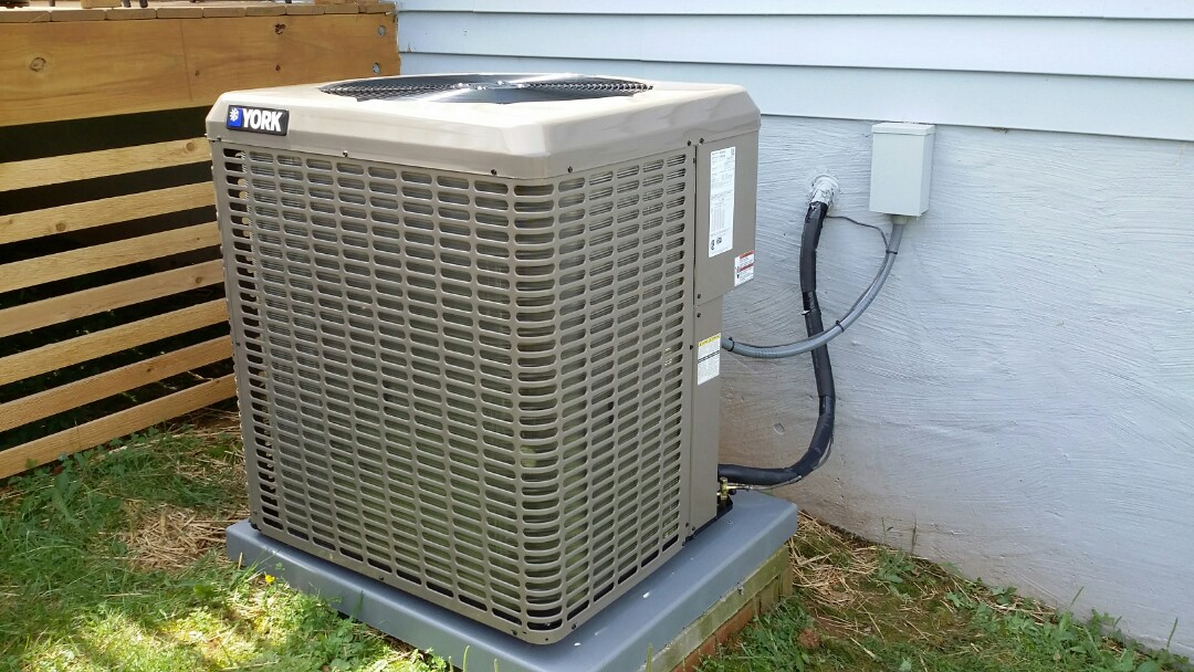 Installed York 3 Ton 14 Seer Heat pump System in Maryville.