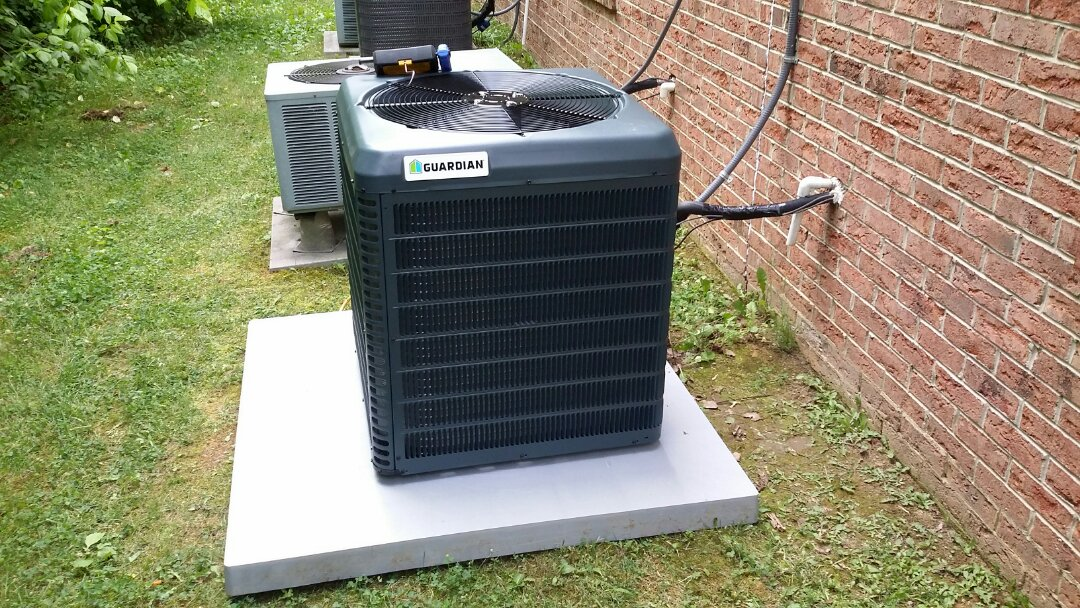 Installed new Guardian 1.5 Ton Heat Pump System in Powell today and didn't get rained on:-).