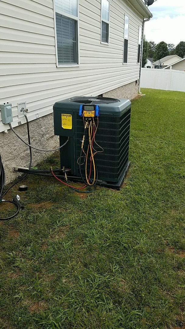 Sevierville, TN - Installed New Guardian Heat Pump System in Seymour.