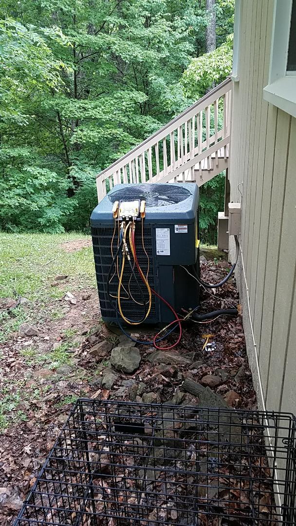 Gatlinburg, TN - Installed New Guardian Heat Pump 3 Ton system in Gatlinburg.