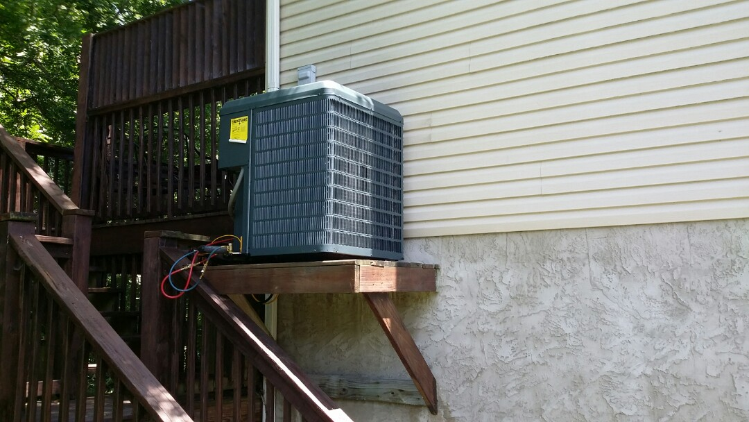 Installed new Guardian 2.5 Ton Heat Pump System in Pigeon Forge.