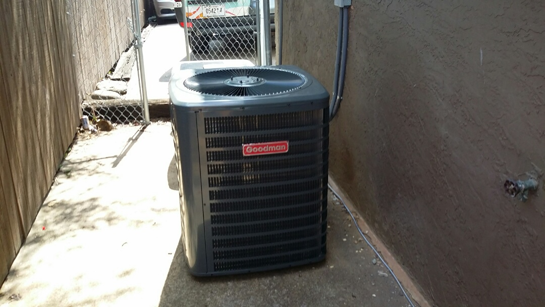 Knoxville, TN - Installed new Goodman 1.5 Ton Heat Pump System in Knoxville.