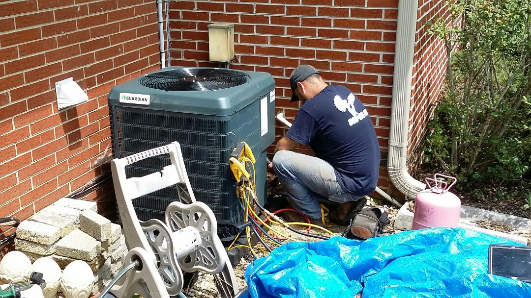 Knoxville, TN - Installed new Guardian 1.5 Ton Heat Pump System in Powell today.
