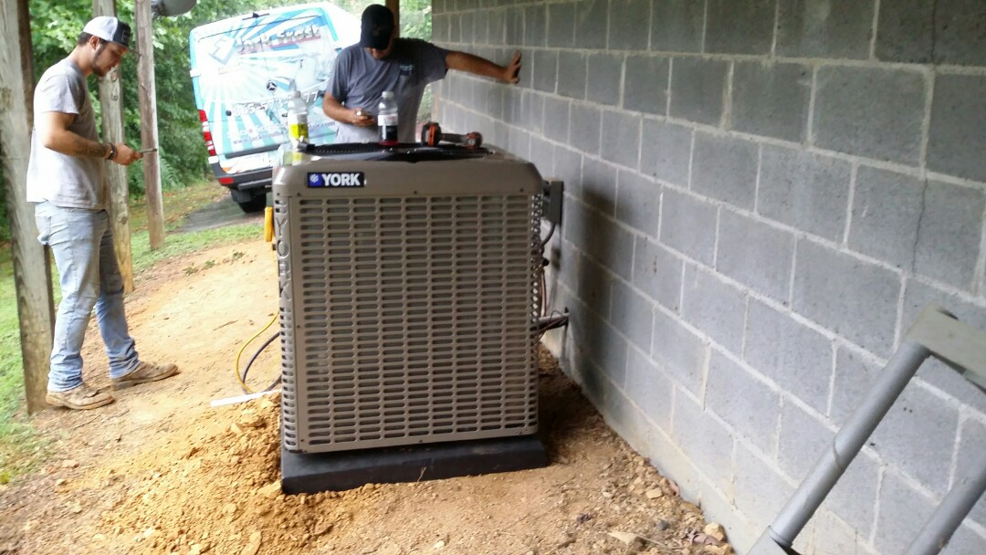 Installed new York 4 Ton 17 seer 5 Stage Heat Pump System in Pigeon Forge.