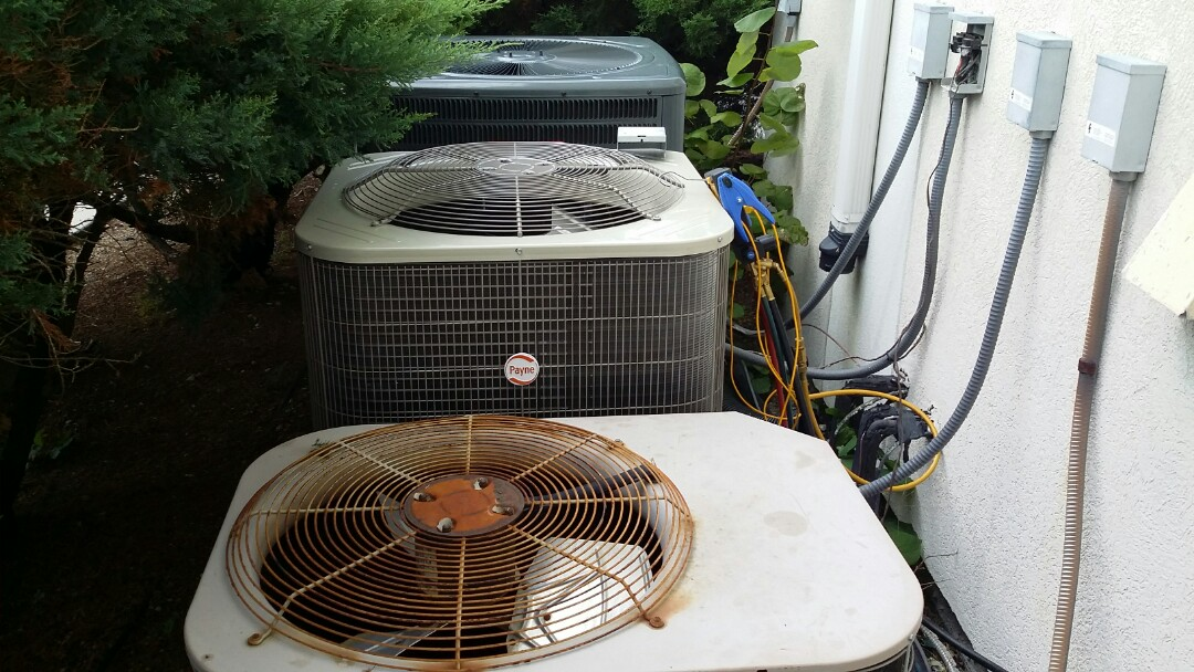 Installed new Payne 3.5 Ton Heat Pump System in Pigeon Forge.