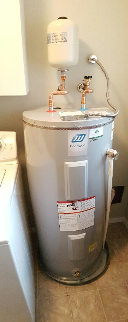 Saanichton, BC - Replaced 40imp electric hot water tank and installed a new drain pan and thermal expansion tank.