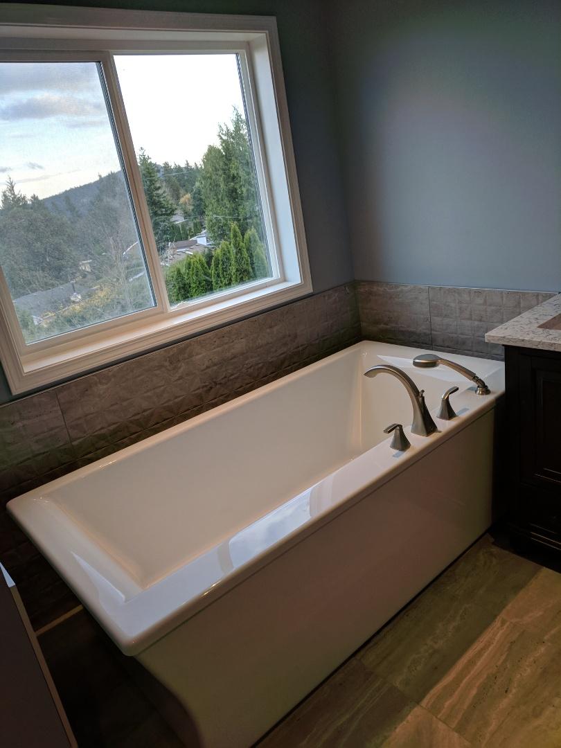 Victoria, BC - Freestanding bathtub installation in Cordova Bay