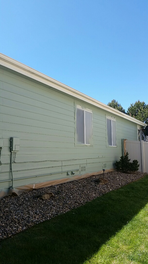 Westminster, CO - Awesome progress guys! Benjamin Moore's ultra spec looks amazing on this nice little Arvada ranch.