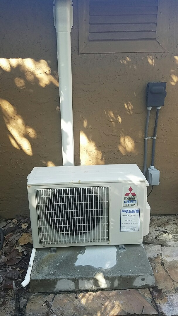 Cocoa Beach, FL - Doing planned maintenance on a Mitsubishi ductless mini split.