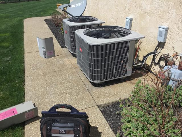 Pickerington, OH - Two system ac tune up!