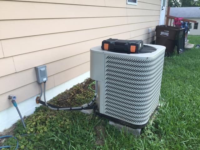 added 2lbs. R410a  to AC unit