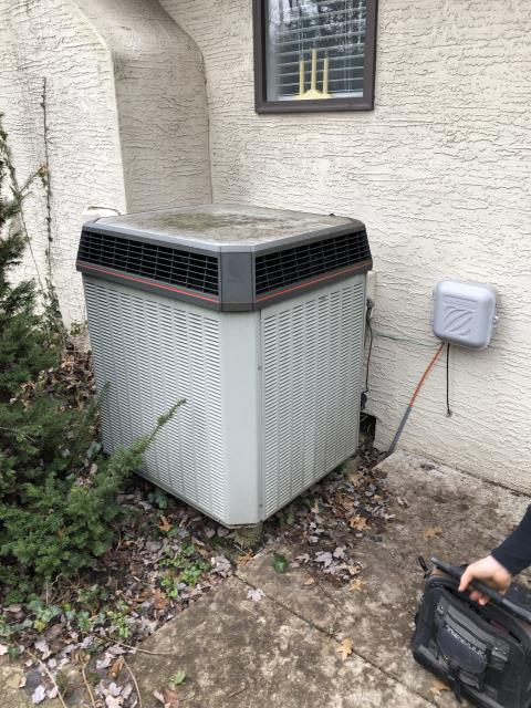 Performed an annual Tune-up on a Trane AC system. AC is cooling as it should.