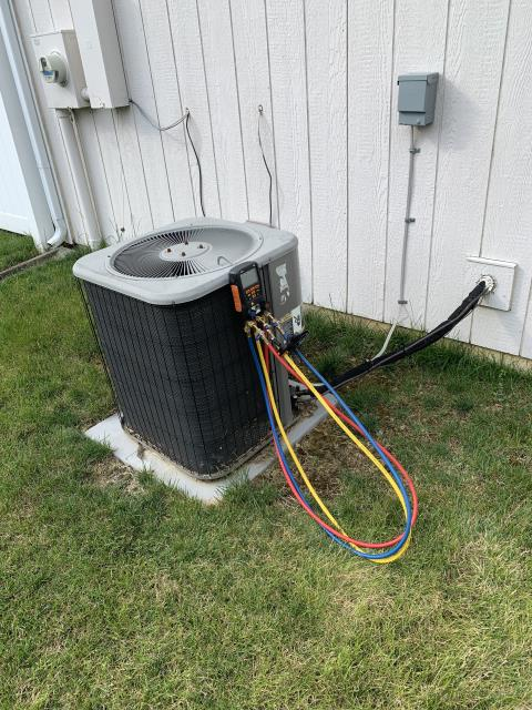 Replaced LENNOX A/C unit with new  Carrier 13 SEER 2.5 Ton Air Conditioner