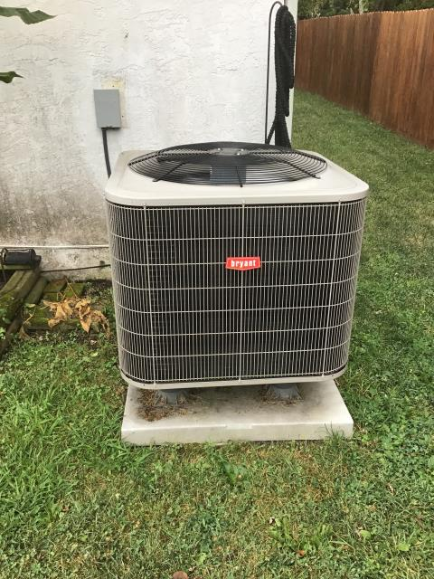 Powell, OH - Semi annual scheduled maintenance on BRYANT A/C unit.