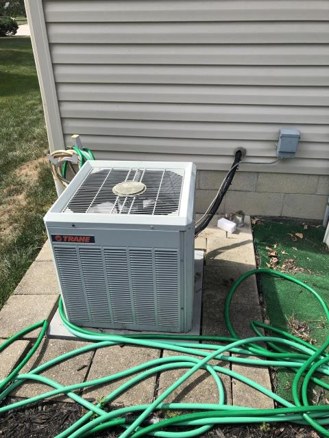 Diagnostic service performed on a Trane unit. Dual Capacitor replace & R-22 Freon added.
