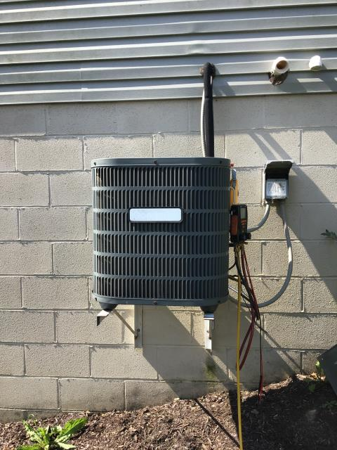 Diagnostic Performed Added Freon To Goodman AC System To Keep AC Running At Highest Performance For The Summer Season