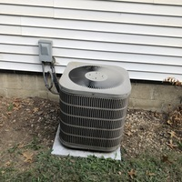 Whitehall, OH - Outdoor capacitor reading 0 rated 30/5 and system blew a fuse. Dual Capacitor and plug-in fuse replaced and system is fully operational upon departure.