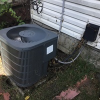Reynoldsburg, OH - Diagnostic Service Call on Goodman Unit Tech added Freon to get cooling again.