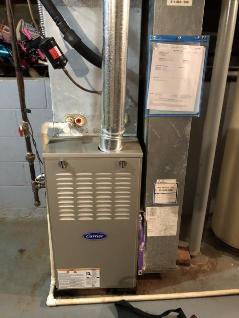 Reynoldsburg, OH - Diagnostic service performed on the Carrier 80% 70,000 BTU Gas Furnace unit. Confirmed that the system is working within manufacturer specifications.  Pictured is the customers Carrier 80% 70,000 BTU Gas Furnace Unit.