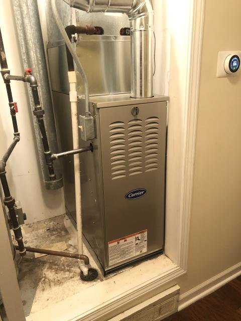 Reynoldsburg, OH - Diagnostic service performed on the Gas Carrier  80% 45,000 BT Furnace unit. Confirmed that the system is working within manufacturer specifications.  Pictured is the customer's Carrier Gas Furnace Unit.