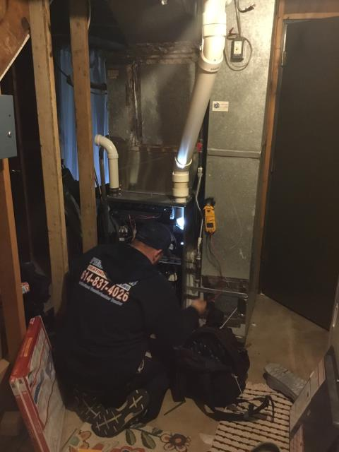 Performed a tuneup on a Carrier gas furnace. The system is operating within manufacturer's specifications and is ready for the winter season.