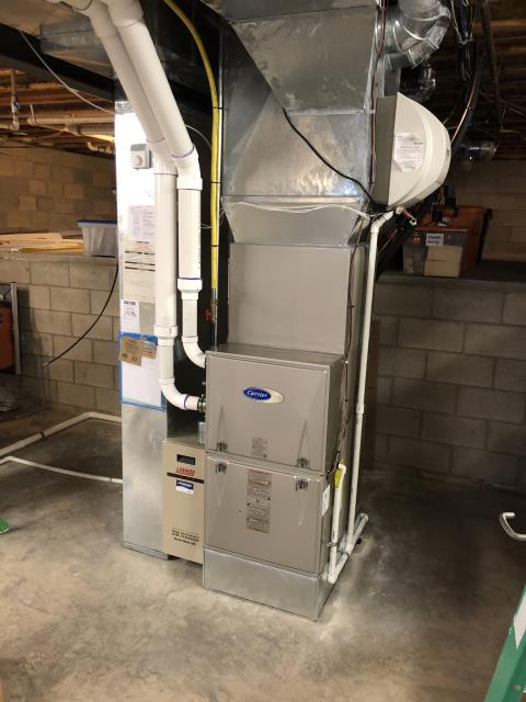Diagnostic Performed Re-Adjusted Gas Pressures On Carrier Gas Furnace To Keep Furnace Running Efficiently For The Winter Season