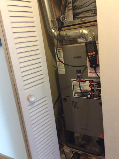 Hilliard, OH - Performed tuneup on Weather King gas furnace. The system is operating properly and is ready to heat this winter season.
