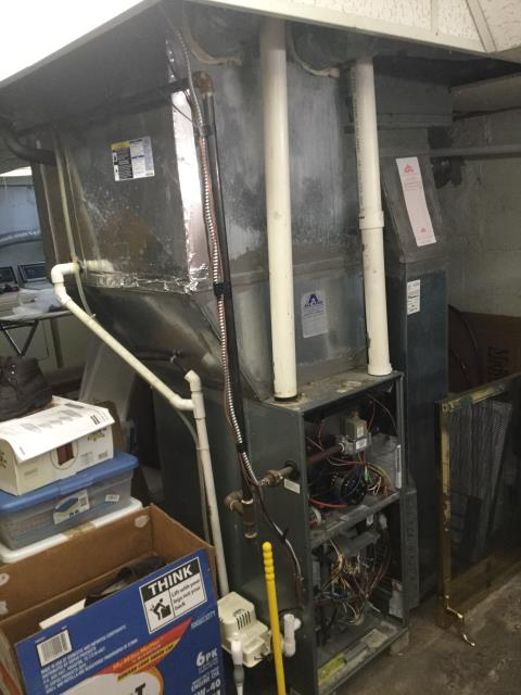 Columbus, OH - Performed Our Special Tune-Up & Safety Checkout On Carrier Gas Furnace To Keep Furnace Running At Highest Performance For The Winter Season