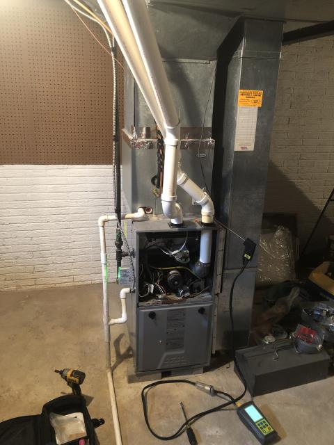 Westerville, OH - Performed Our Special Tune-Up & Safety Checkout On Comfortmaker Gas Furnace To Keep Furnace Running Efficiently For The Winter Season
