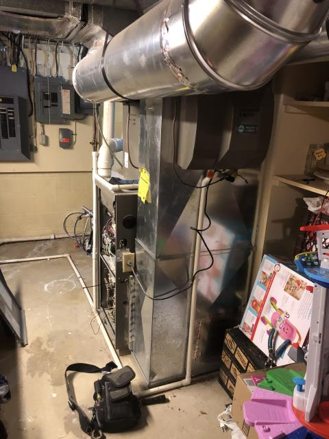 Etna, OH - Diagnostic Performed Installed New Aprilaire 600 M Humidifier On Lennox Gas Furnace To Keep Furnace Running Efficiently For The Winter Season