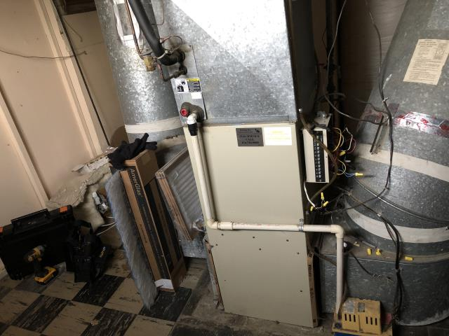 Upper Arlington, OH - Performed An Installation Inspection On Carrier Gas Furnace To Keep Furnace Running Efficiently For The Winter Season