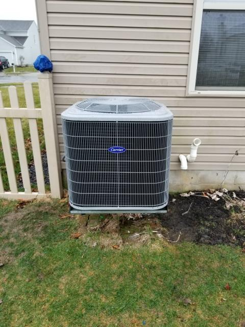 Blacklick, OH - I did a installation inspection on a Carrier up to 16 SEER 2.5 Ton Air Conditioner.