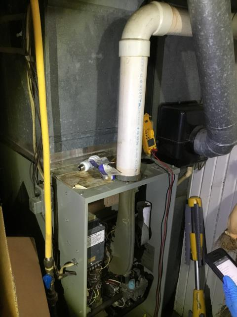 Lancaster, OH - Performed Our Whole House Duct Cleaning & Special Tune-Up & Safety Checkout On a 1990 Trane Gas Furnace To Keep Furnace Running At Highest Performance