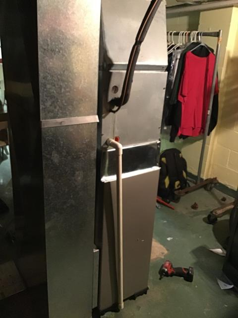 Columbus, OH - Wearing mask and gloves and keep activity in the home to a minimum, I Performed a Installation Inspection on a Carrier 80% 70,000 BTU Gas Furnace .