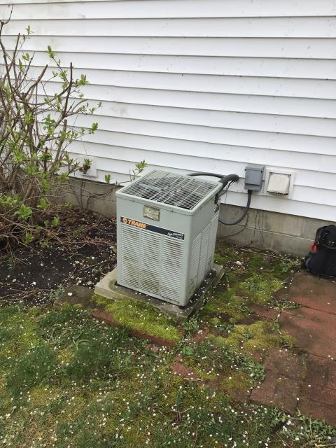 Lewis Center, OH - I provided the customer with a free quote for a new Carrier 96% Gas Furnace and a Carrier 16 SEER Air Conditioner System