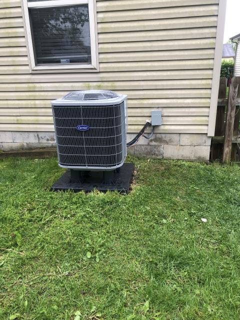 Etna, OH - Installed Carrier 13 SEER 2.5 Ton Air Conditioner for Pickerington customer.