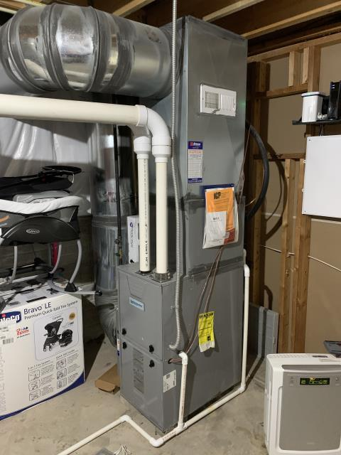 Groveport, OH - Replaced bad circuit board on a 2012 Comfortmaker. Cycled on unit and found shorted out contractor. Cycled system on everything working properly.