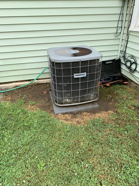 Lancaster, OH - Goodman system has restriction in metering device. Building quote for new Carrier AC.