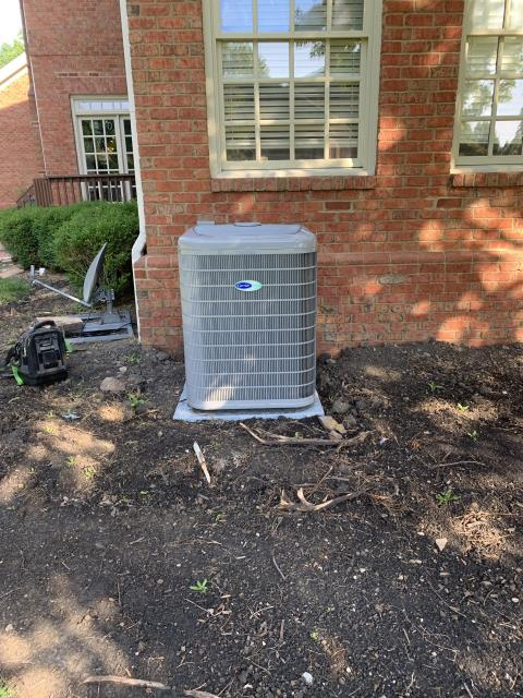 New Albany, OH - Customer was concerned about Carrier system functionality because another company installed it and it took them 10 days to complete. Found no issues with cooling but the company did not use shielded cable which may cause communication issues in the future.