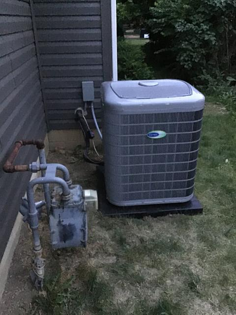 Bexley, OH - I installed a new Carrier 96% Two-Stage 100,000 BTU Gas Furnace, Carrier up to 17 SEER 2 STAGE 4 Ton Air Conditioner, Aprilaire High Efficiency 4 Air Cleaner, Aprilaire 600A Humidifier, Thermostat  ECOBEE SMART Thermostat.
