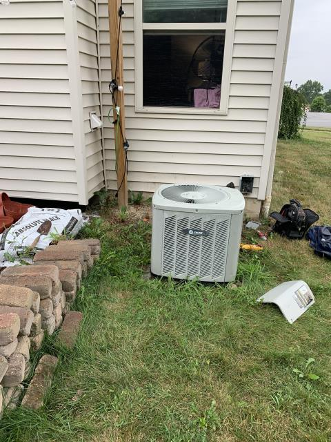 Lithopolis, OH - Compressor shorted out on Trane AC. Due to cost of repair, customer has opted to purchase new Carrier equipment.