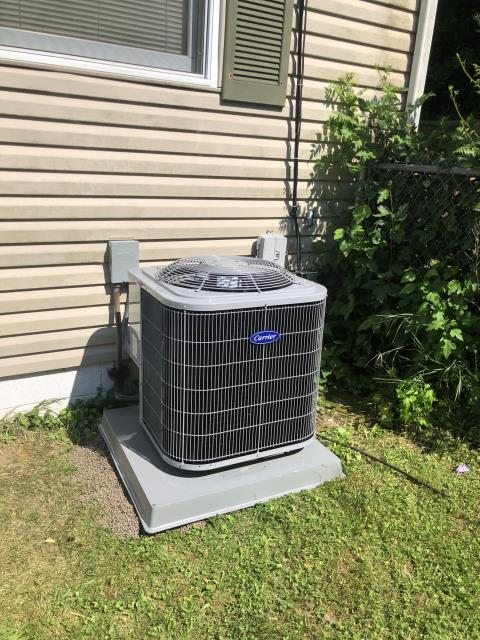 Lancaster, OH -      Tuneup and safety check on Carrier AC. No issues found, system is cooling properly.