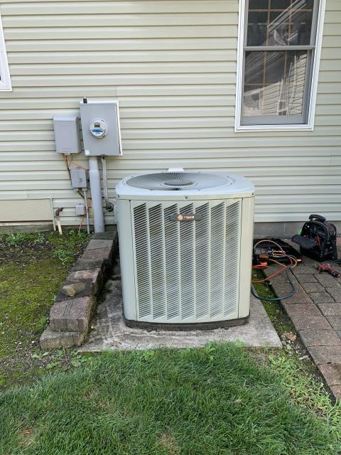 Lancaster, OH -  Customer stated he felt like best wasn't reading correctly. Found Nest working properly but Trane ac low on charge.