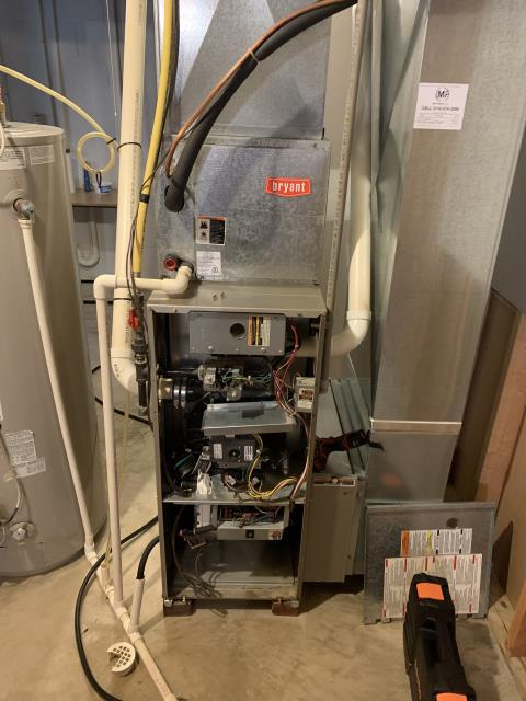 Reynoldsburg, OH - Performing our Five Star Tune-Up & Safety Check on a 2003 Bryant. All readings were within manufacturer's specifications, unit operating properly at this time.