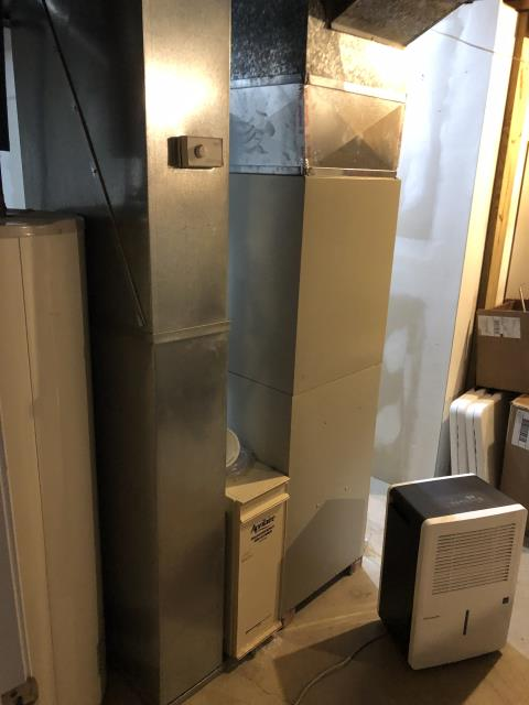 Columbus, OH - Performing our Five Star Tune-Up & Safety Check on a  2007 Air Temp  Gas Furnace. All readings were within manufacturer's specifications, unit operating properly at this time.