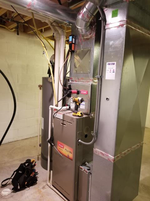 New Albany, OH - I am Performing our Five Star Tune-Up & Safety Check on a 2005 Bryant  Gas Furnace. All readings were within manufacturer's specifications, unit operating properly at this time.