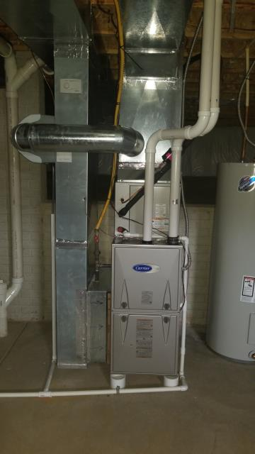 Lithopolis, OH - 	I am Performing our Five Star Tune-Up & Safety Check on a 2018 Carrier  Gas Furnace. All readings were within manufacturer's specifications, unit operating properly at this time.