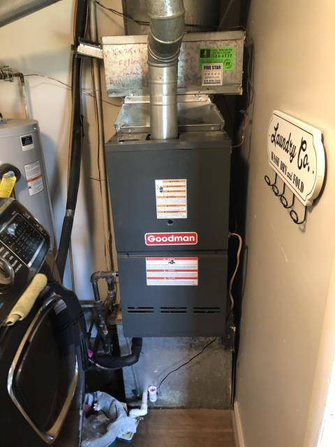 Reynoldsburg, OH - I am Performing our Five Star Tune-Up & Safety Check on a 2014 Goodman  Gas Furnace. All readings were within manufacturer's specifications, unit operating properly at this time.