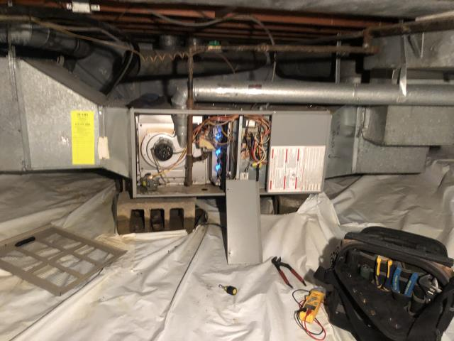 Bexley, OH - working and the heat would come on the turn off. Customer also said that she tried to take the thermostat off the wall. Tech found that the thermostat connection was lose and flashing low battery. Tech replacement batteries that customer provided. Tech replaced thermostat on wall and made sure the connection was tight. Tech cycled fan on thermostat. Fan came on.. I  cycled heat. Heat came on and has been running for ten mins with no issues.